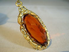 Antique signed pendant with large Madeira citrine spinel of 30 ct.