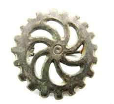 "Ancient Roman bronze open work Silvered Fibula shaped as wheel - ""the Wheel of Fortune"" - 31 mm"