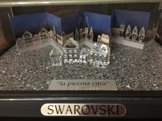 Swarovski - Silver Crystal City display case and certificate - 2 series of houses