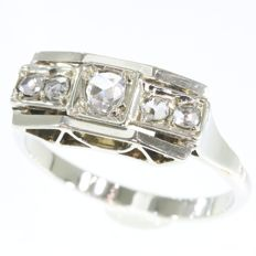 Art Deco ring with 5 rose cut diamonds,  anno 1920