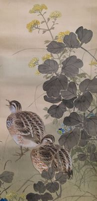 Detailed hand-painted hanging scroll on cloth - 'Quail' - sealed and signed - Japan - Mid 20th century
