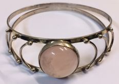 875 Silver cuff bracelet with rose quartz - Czechoslovakia - 1930-1940 - diameter 6.45 cm