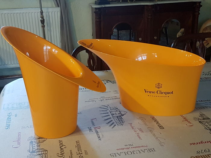 Pair of Champagne Veuve Clicquot Ponsardin Ice Buckets Vasque Standard Series Orange
