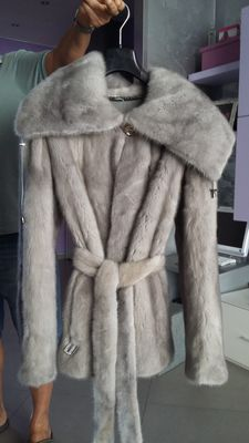Dianora light-coloured mink fur
