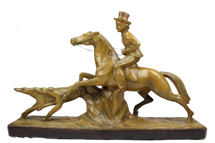 French Art Deco sculpture of a hunting scene