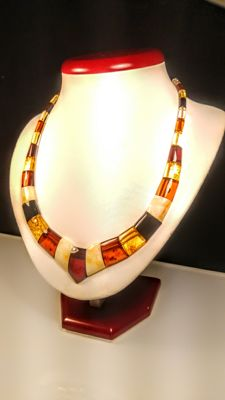 100% Genuine beautiful mix colour Baltic Amber necklace, 22 grams