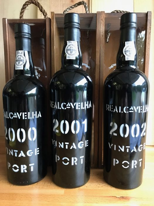 Real Companhia Vintage Port: 2000 & 2001 & 2002 - total 3 bottles with OWC