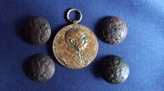 WWI Austria Military Order and 4 Russian Army Buttons