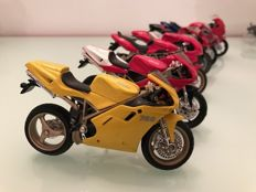 Motorcycle models collection - 72x pieces