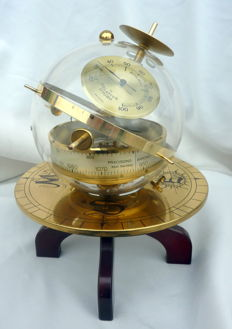 Sputnick - barometer on compass rose base - ca. 1950
