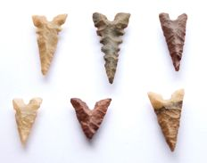 Lot of 6 Neolithic arrowheads - 27-49 mm (6)