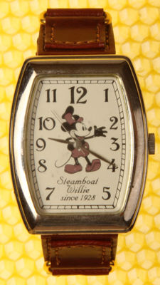 Disney, Walt - Watch - Mickey Mouse - Steamboat Willie since 1928 - (2003)