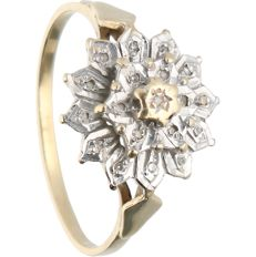 14 kt - Yellow gold ring set with 19 brilliant cut diamonds of approx. 0.095 ct in total in a white gold setting - Ring size: 18.5 mm