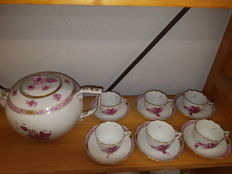 Herend, Bouquet pink, teapot and 6  small cups and saucers, Apponyi purple