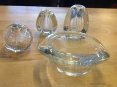 Floris Meydam for Leerdam - Three nail vases and an ashtray