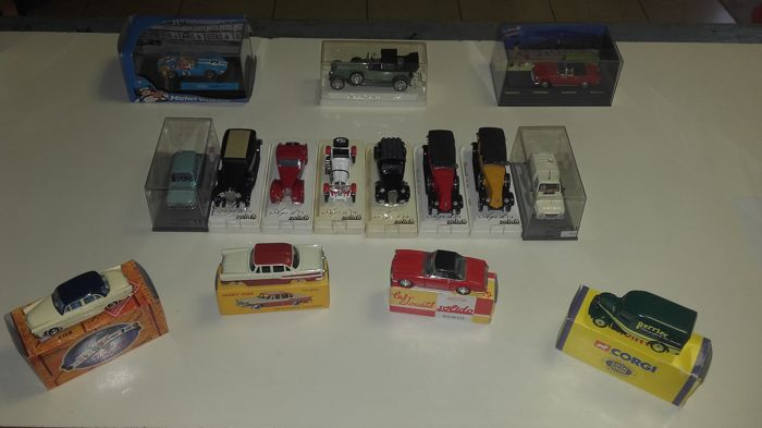 Various - Scale 1/43 - Lot of 15 cars: Renault, Citroen, Bugatti, Mercedes-Benz, Simca & Facel Vega