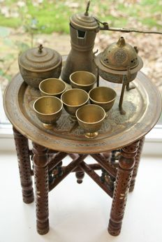 Beautiful tea set with appropriate tea table and incense pot - Middle East - Mid 20th century