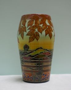 Sally Tuffin - Dennis Chinaworks - Vase from the seasons series: Holden Wood -'Spring' - Limited edition
