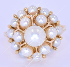 Quality Pearls ring NO reserve price!