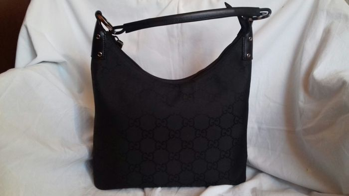 9987776bb64f Gucci - GG Hobo Shoulder bag - Catawiki