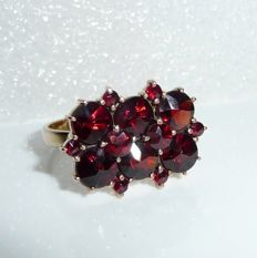 Garnet ring 8 kt / 333 gold + tombac Bohemian garnet in antique rose cut RS 53-54 ** No reserve price **