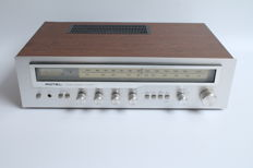 Stable and powerful 70s amplifier-receiver by ROTEL type RX-403