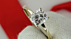 1.01 ct D/VS1  cushion diamond ring made of 18 kt yellow gold - size 6.5