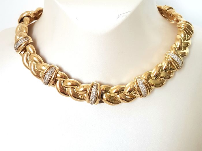 O. J. PERRIN, 18kt yellow gold necklace with diamonds