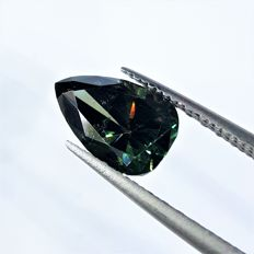 Huge Fancy Vivid Green Diamond - 2.41 ct - SI1