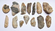 14 Neolithic tools 48-111 mm (14)