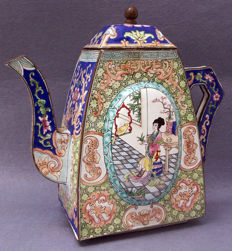 Large Cantonese Enamel on Copper Teapot - China - mid 20th century