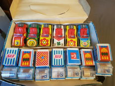 MSB, GDR - Length appr. 10 cm - Lot with 13 tin/plastic friction Junior and Filius Toy cars, 1970s