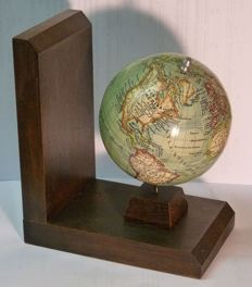Globe of the world on bookend, 1930s, dm 10 cm