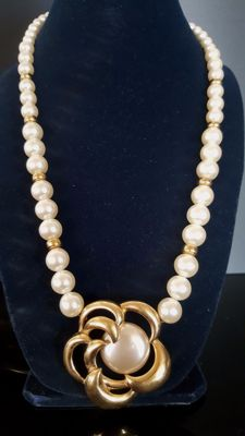 Napier signed faux pearl Necklace