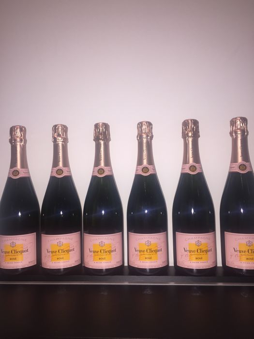 Veuve Clicquot Rosé NV - 6 bottles (75cl)