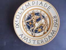 W.J. Rozendaal (design) for P. Regout Maastricht - Official NOC-(wall) plate IX Olympiad 1928 Amsterdam