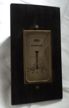 1 Ford amp meter in wooden base - 30s