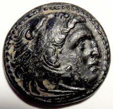 Ancient Greece - Kingdom of Macedonia, AE19 of Alexander III (336-323 A. D.), struck posthumously around 323-310 A. D.