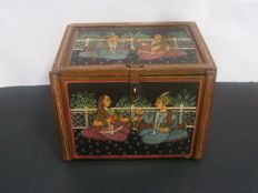 Hand painted wooden jewelry safe  box  - India - Late 20th century