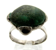 Medieval Viking Period Silver Ring with Dark Green Stone  - 21mm