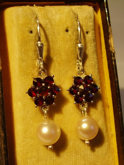 Victorian earrings with blood red Bohemian garnets in antique rose cut and white Akoya pearls