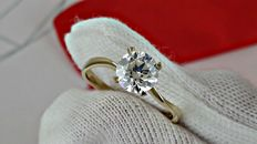 1.00 ct VS1 round diamond ring in yellow gold - size 6