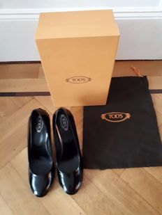Tod's - court shoes, as good as new