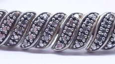 Silver Art Deco bracelet with Marcasites and safety catch.