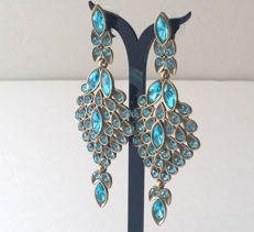 Oscar de la Renta long dangle cocktail earrings - Accesoiries