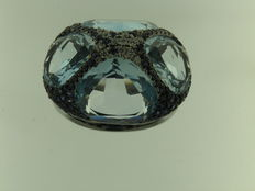 18 kt burnished gold, diamonds for 0.18 ct, blue sapphires for 1.81 ct - Ring size: 15.50