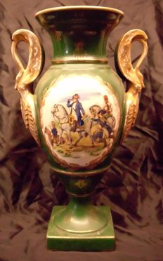 Medici porcelain vase in Empire style - Napoleon decor