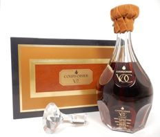 "Cognac Courvoisier ""VOC"" Baccarat crystal decanter & stopper - Boxed"