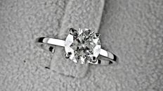 1.43  ct  round diamond ring made of 14 kt white gold  *** NO RESERVE PRICE ***