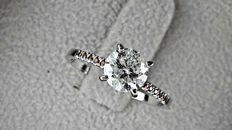 1.18 ct  round diamond ring 14 k gold ***NO RESERVE PRICE***